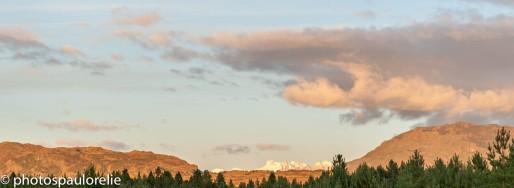 Vue sur les montagnes depuis les hauteurs de Cochrane - Région de Aysen - Chili